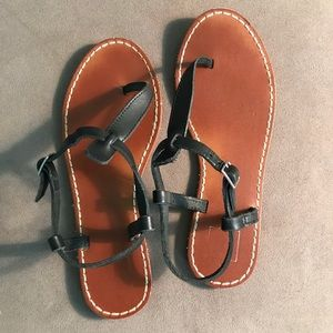 Gap leather thong sandals 7